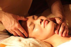 Kto się może uczyć terapii Reiki - film